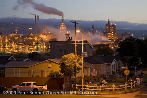 Long Beach Houses Next To Oil Refinery By Peterbphoto1390 Via Flickr