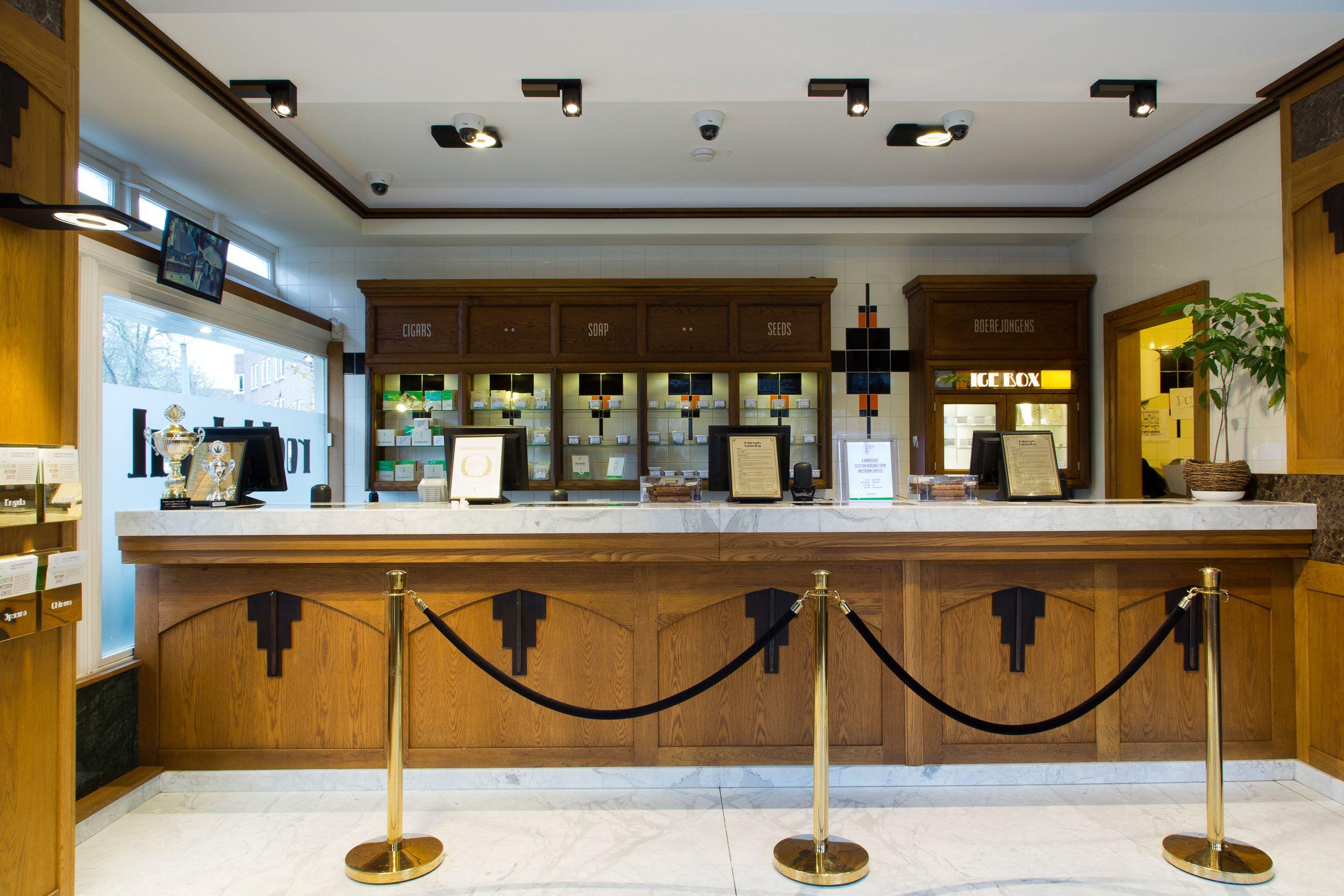 Coffeeshop Boerejongens  www.amsterdamgenetics.com