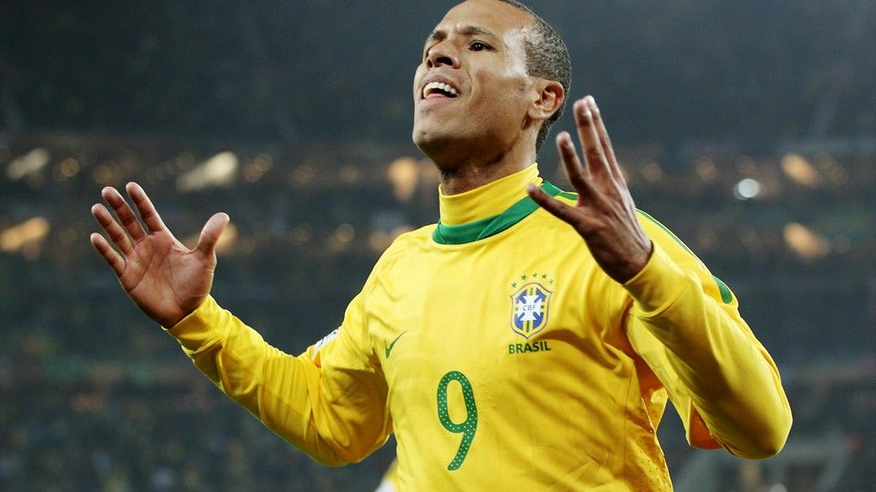 Former Brazil striker Luis Fabiano was on target as Vasco da Gama claimed  their 10th Rio Cup football title 445825da5f4ab
