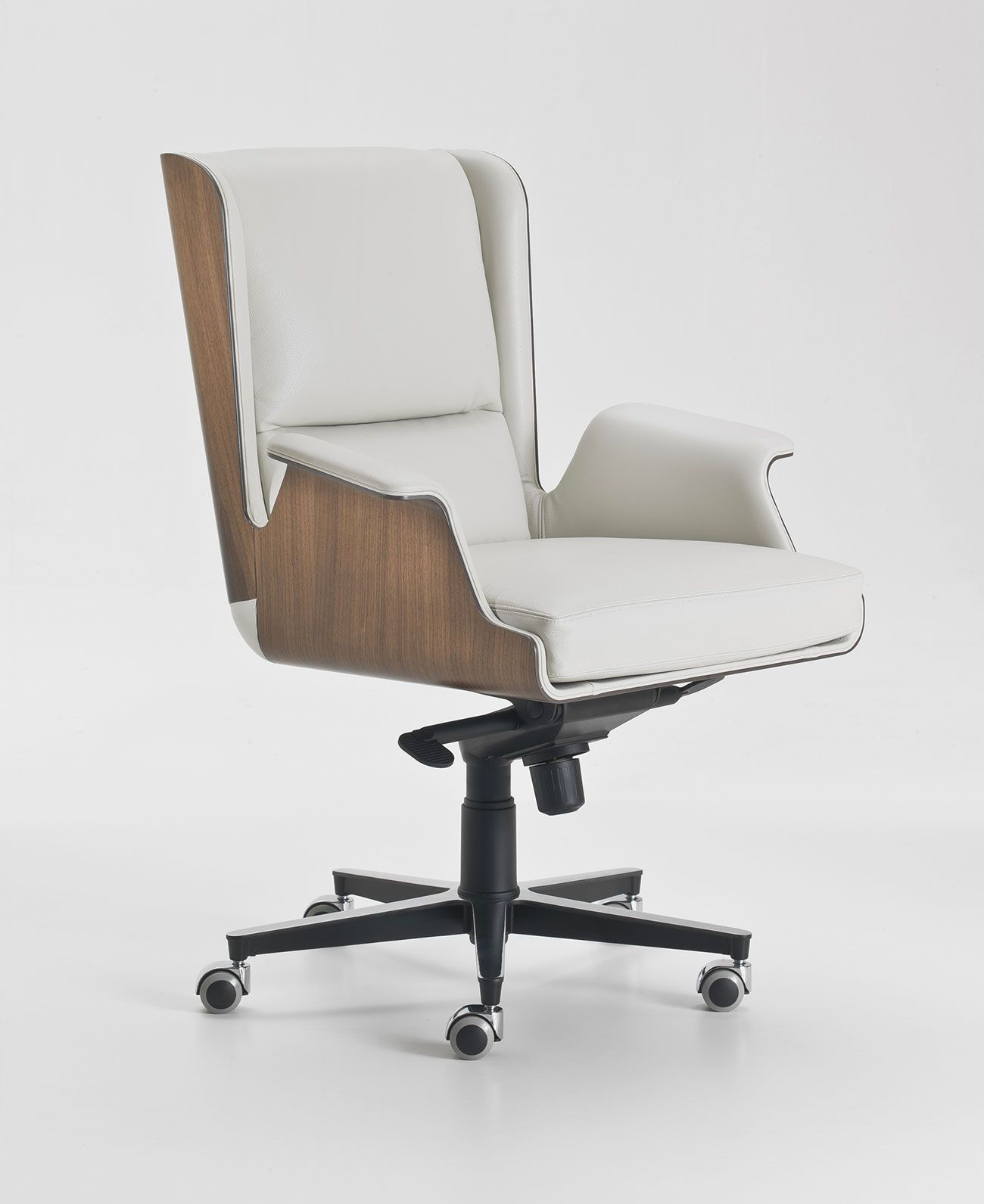 Garbo Swivel Conference Armchair