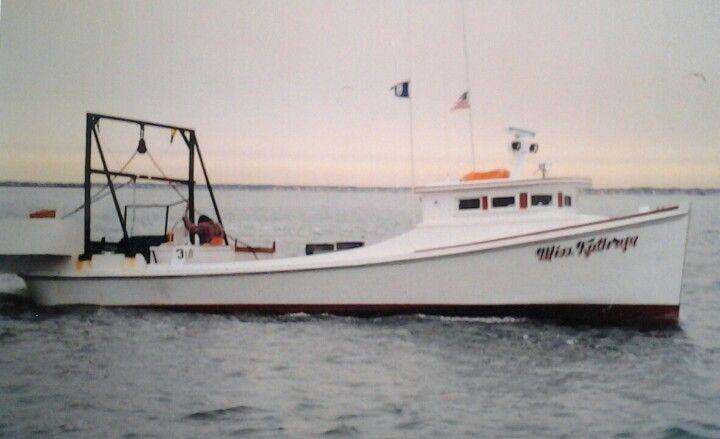 Chesapeake Bay Deadrise   Boats   Bay boats, Model boat plans, Boat plans