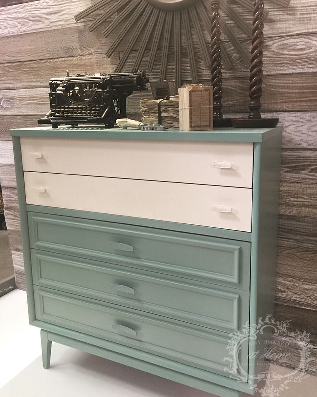 345 Likes 6 Comments Amy Howard Home Amyhowardhome On Instagram If You Love Vintage Greens Will At One Step Paint In