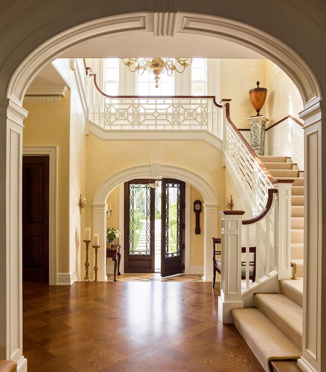 Best A Grand Staircase With A Beautiful Chinese Chippendale 400 x 300