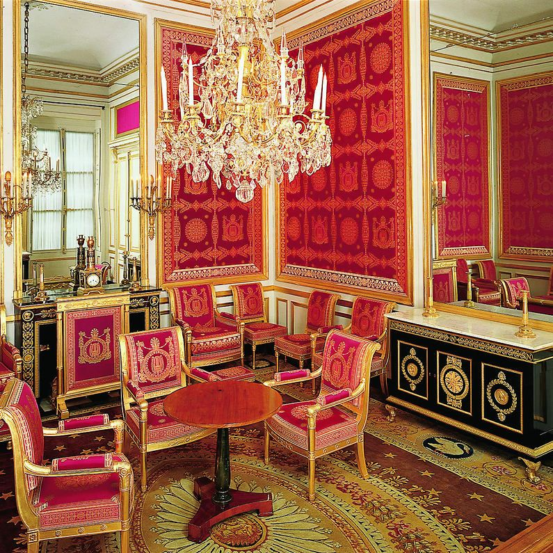 Chateau de fontainebleau interieur google for Interieur french