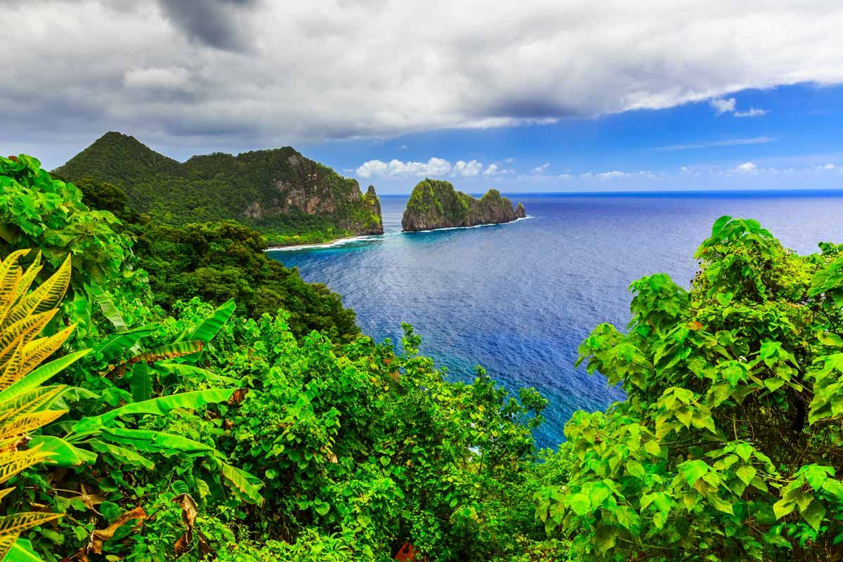Discover the National Park of American Samoa – America's Only National Park South of the Equator - http://thebesttravelplaces.com/national-park-of-american-samoa/