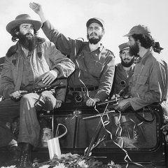 Zestig jaar geleden viel Fidel Castro met een rebellenleger Cuba binnen. In 1959 werd hij er dictator. Hoewel hij inmiddels niet meer regeert, is hij nog steeds geliefd. Voor Cubanen belichaamt Fidel de revolutie.