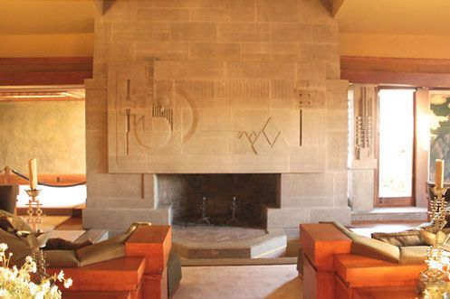 Frank Lloyd Wright S Hollyhock House Reopens After A 4 3 Million Restoration Frank Lloyd Wright Robie House Robie House Lloyd Wright