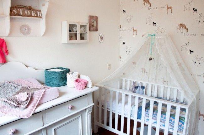 Baby Slaapkamer Accessoires : Schattige babykamer met hertjesthema babykamer inspiratie