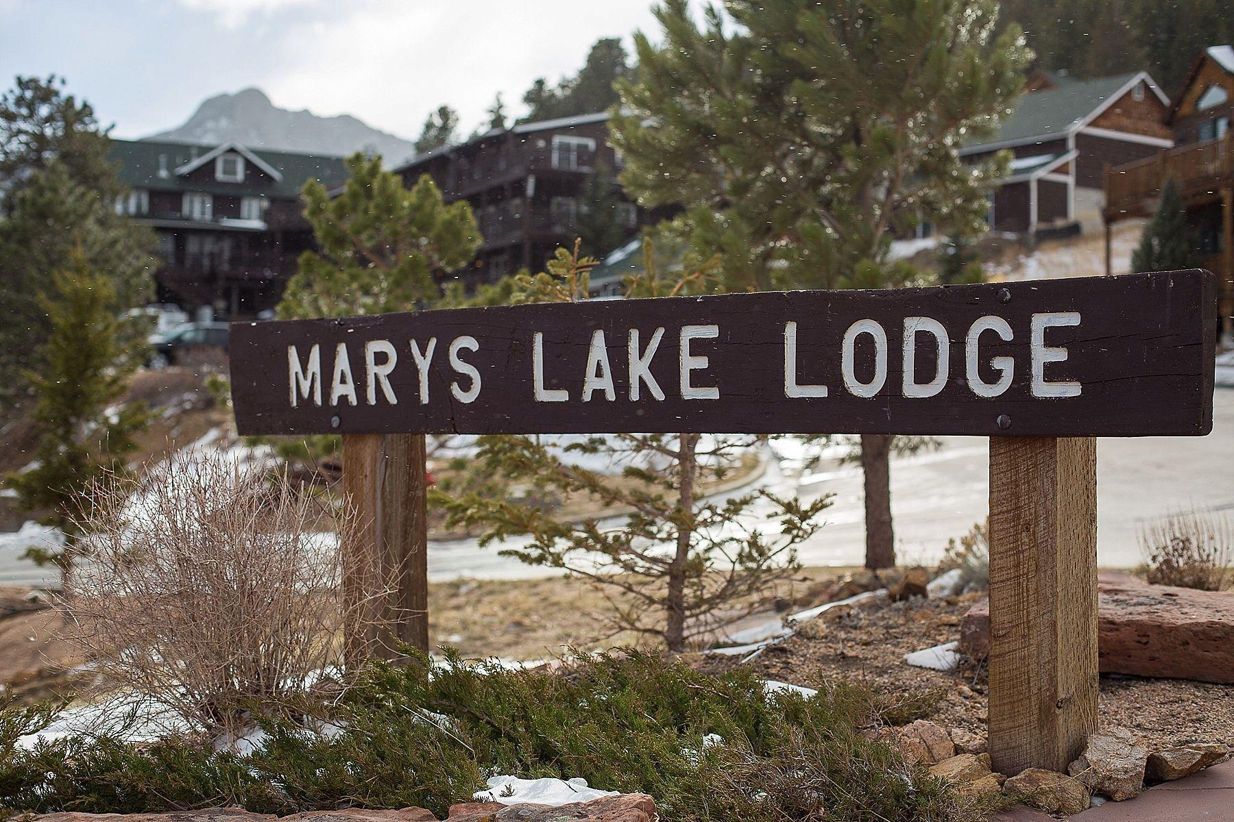 Marys Lake Lodge Winter Wedding, Estes park, Colorado