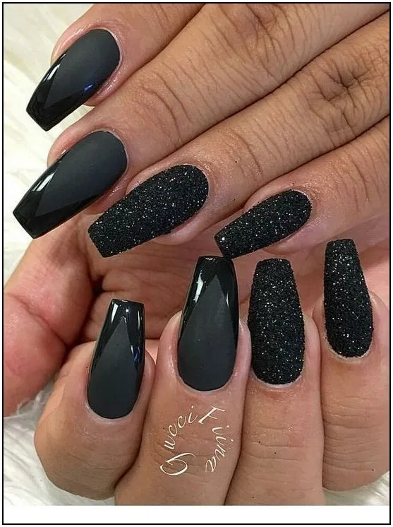 Coffin Nails Black With Glitter Nails Coffin Black Nails With Glitter Black Nail Designs Acrylic Nail Designs