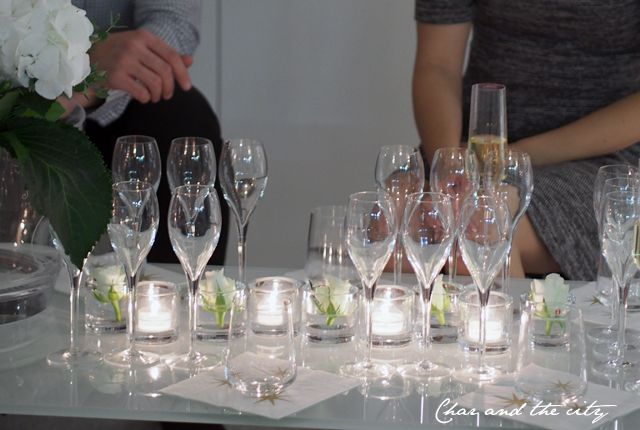 Party time with the girls: http://divaaniblogit.fi/charandthecity/2014/10/21/juhlatunnelmia-adalminas-secret/