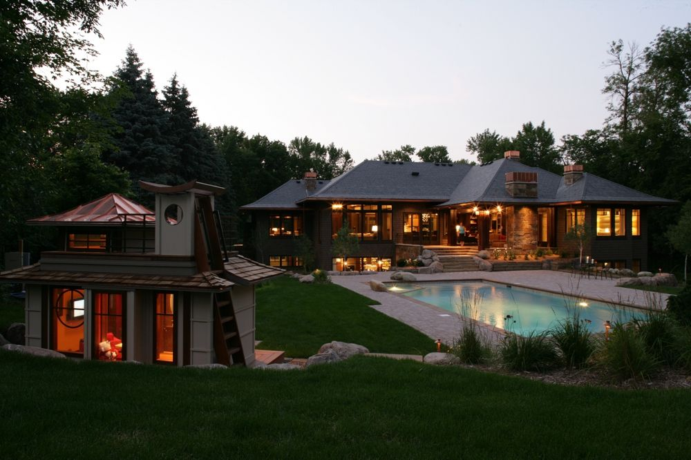 Playhouse With Rooftop Deck