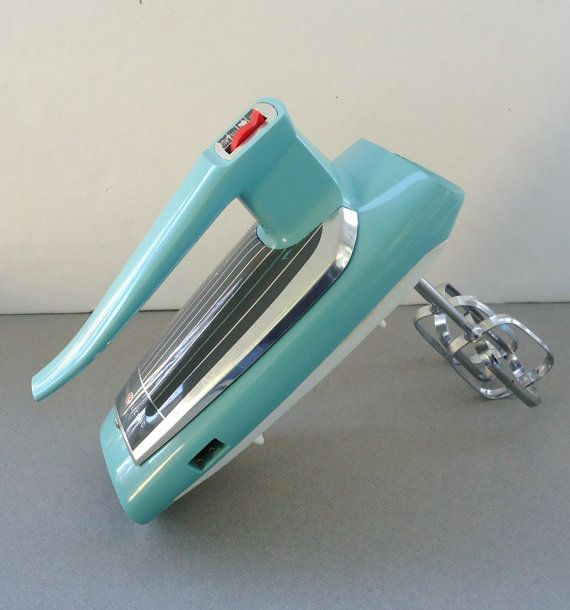 Aqua blue ge mixer vintage electric hand mixer kitsch for General electric mixer vintage