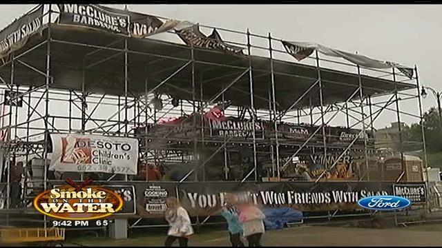 Biggest BBQ tent 'Scaffoldzilla' making a statement - Mid