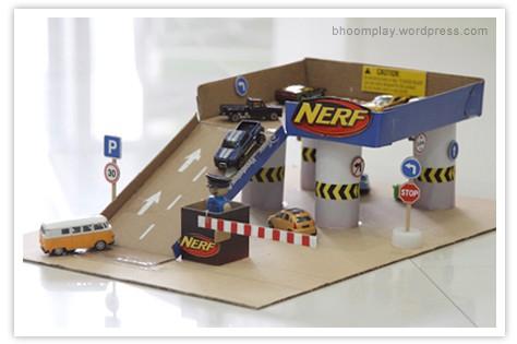 صنع بيت سيارات من الكرتون بحث Google Diy For Kids Craft Activities For Kids Diy Toys