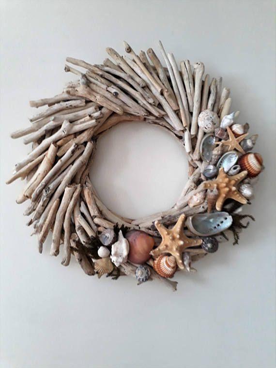 Photo of Driftwood sommer inngangsdør henger krans, strand dekor, kyst, innsjø, drivved kan …