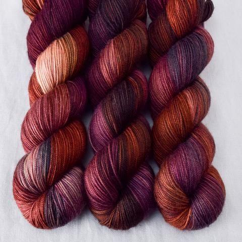 Cranberry Harvest - Yummy 3-Ply - Wild Iris | Schultertuch, Baby und ...