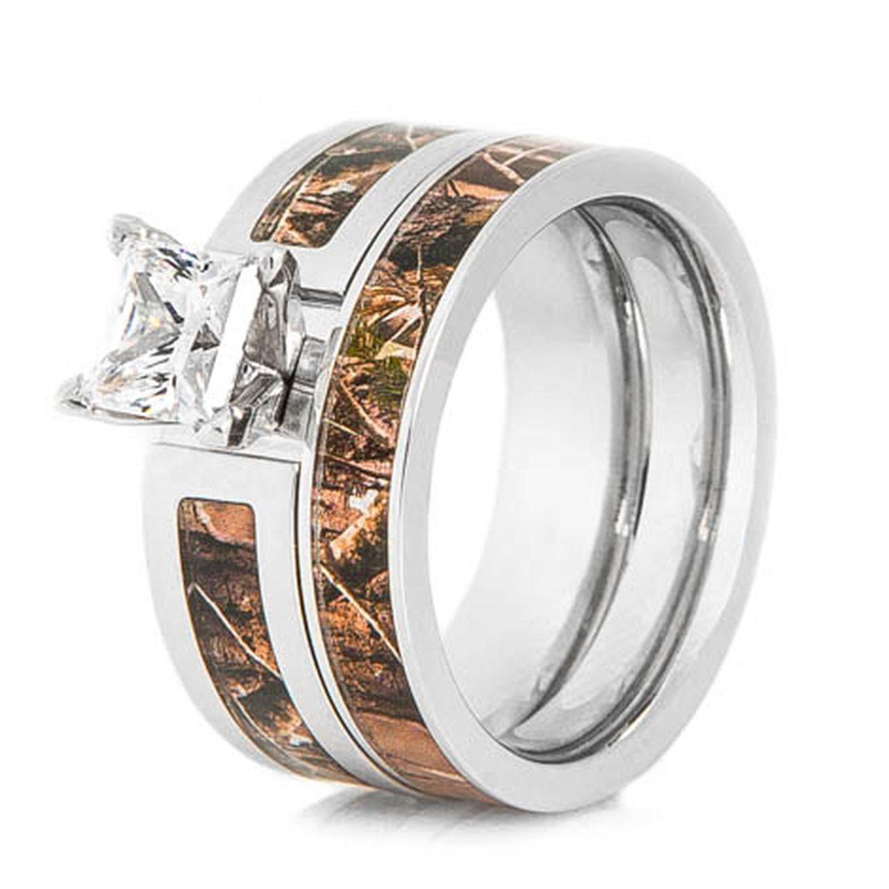 Women's Cobalt Chrome Realtree® Camo Wedding Ring Set in
