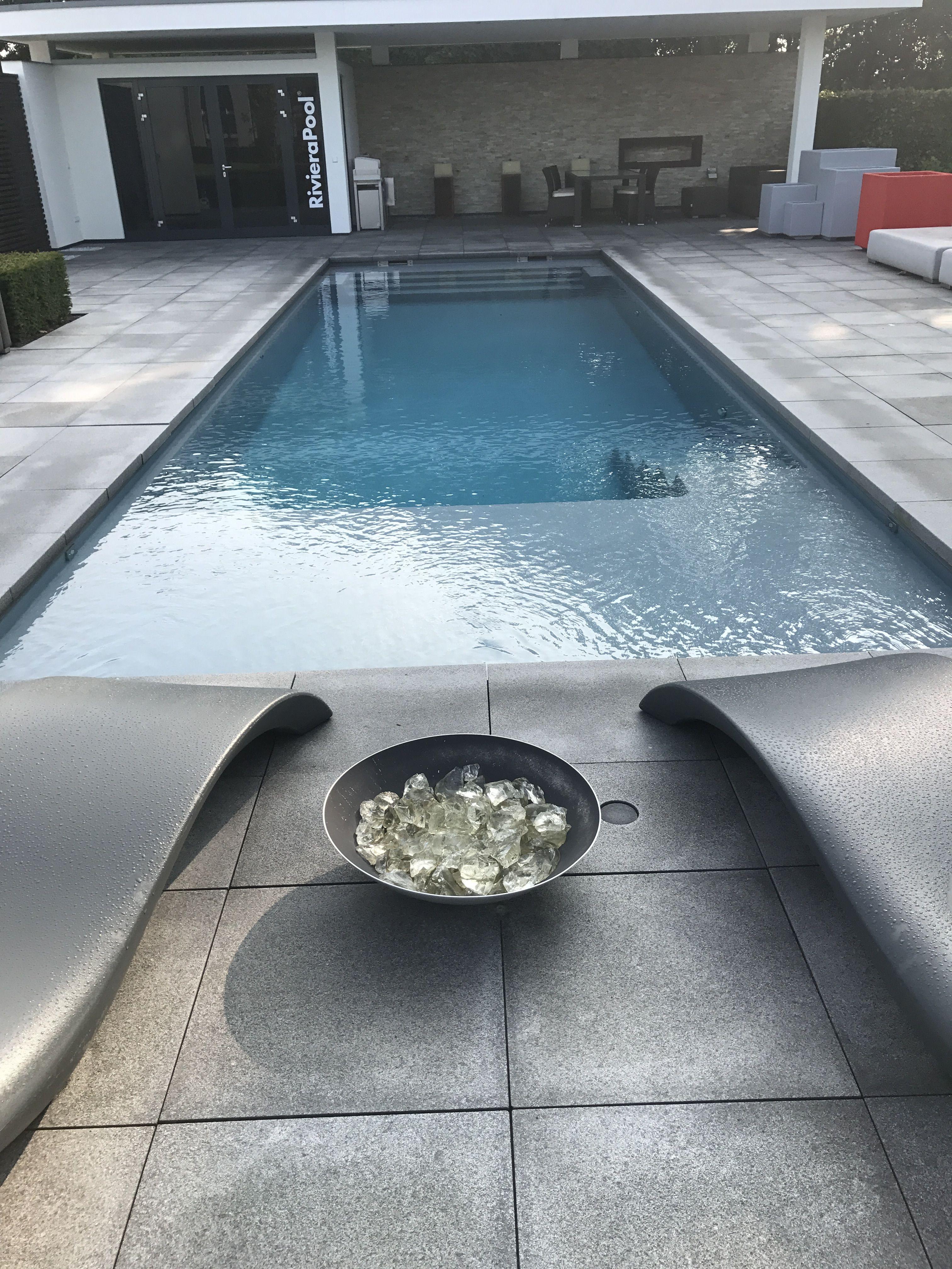 Pool mit chill lounge im Wasser 10x3,70 Chill lounge