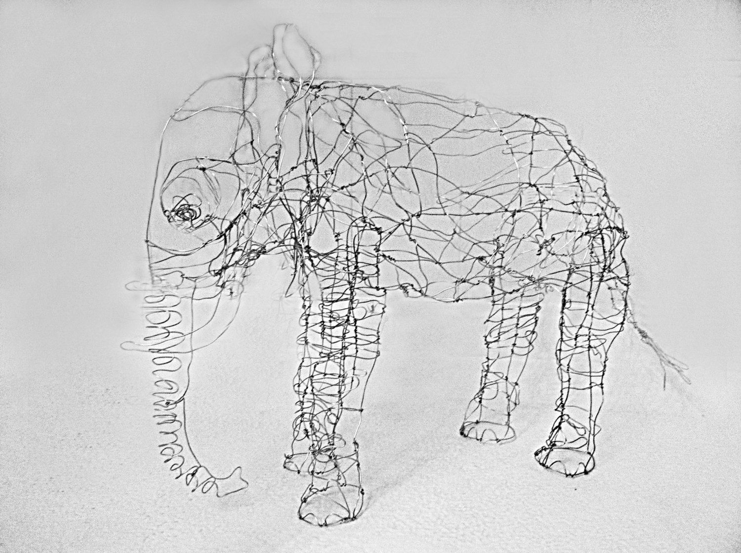 Small Elephant-Wire Drawing Sculpture. | Art Figures | Pinterest ...