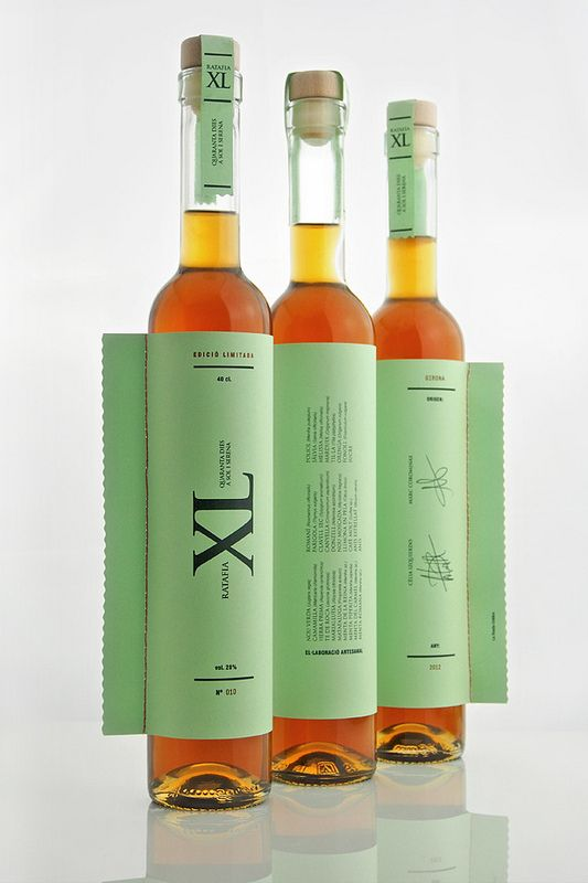 La Fonda Gràfica. A most interesting and unusual #label #packaging PD