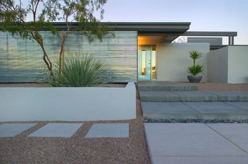 Less is more with a modern front entrance
