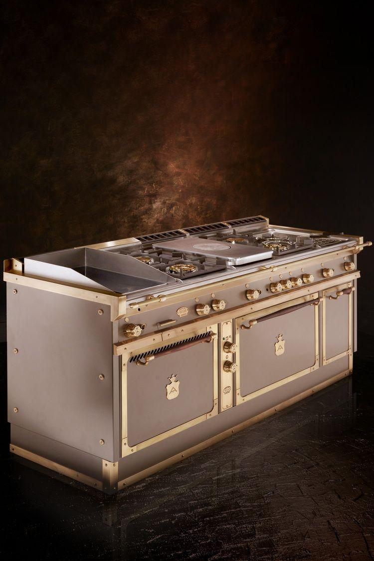 Officine Gullo realizza cucine in metallo di alta qualità sia per ...