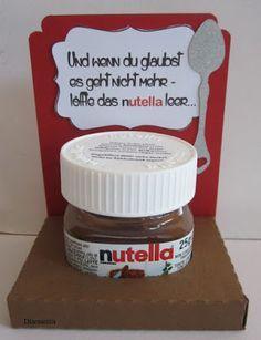 Und wenn Du glaubst es geht nicht mehr, löffle das nutella leer.                Die Gläschen gibt es zur Zeit in der Drogerie Müller.     ... #lustigegeschenke