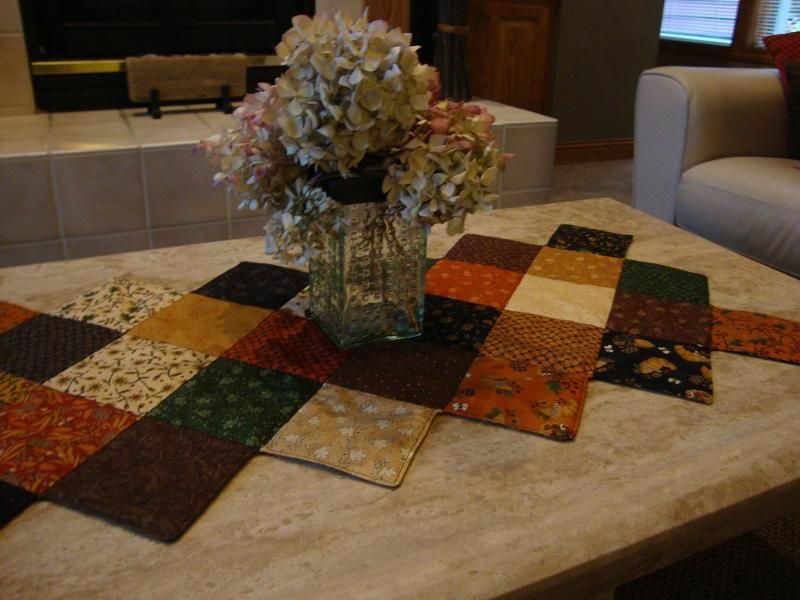 Pinterest Quilting Table Runners : Stitch in the Ditch Quilted Table Runner Quilt patterns Pinterest Quilt table runners ...