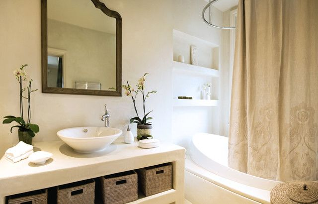 Exquisite Bathroom Design In Traditional House With Cream Shower Curtains And White Vanity With Ratan Baskets