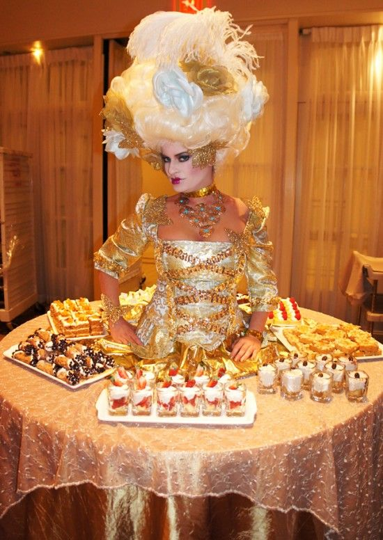Marie Antoinette Strolling Table Cute Pinterest