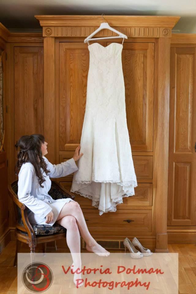 Vintage Bride Wedding Dress Shot