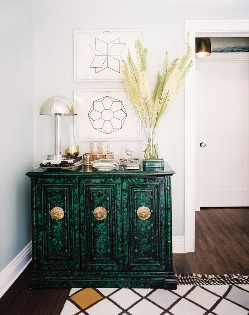 Small hallway furniture  How to Throw a Stylish Party in a Small Space  Vignettes Emeralds