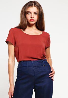 Dieses Blusenshirt wirst du nie wieder hergeben wollen. ONLY ONLGEGGO - Bluse - henna für 14,95 € (22.07.16) versandkostenfrei bei Zalando bestellen.