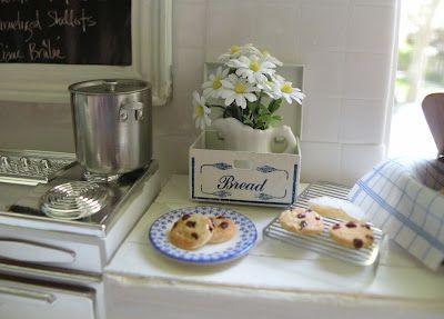 Yummy cookies and I love everything here!