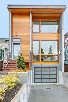 Flat Roof Modern House Narrow Lot Google Search Flat Roof House Contemporary House Plans Modern House Exterior