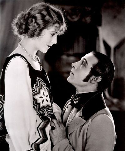 Rudolph Valentino and Vima Banky in The Eagle, directed by Clarence Brown, 1925 via silentfilmlivemusic.blogspot.com