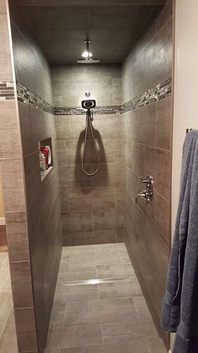 douche c ramique sans porte douche pinterest bathroom small bathroom and armoire. Black Bedroom Furniture Sets. Home Design Ideas