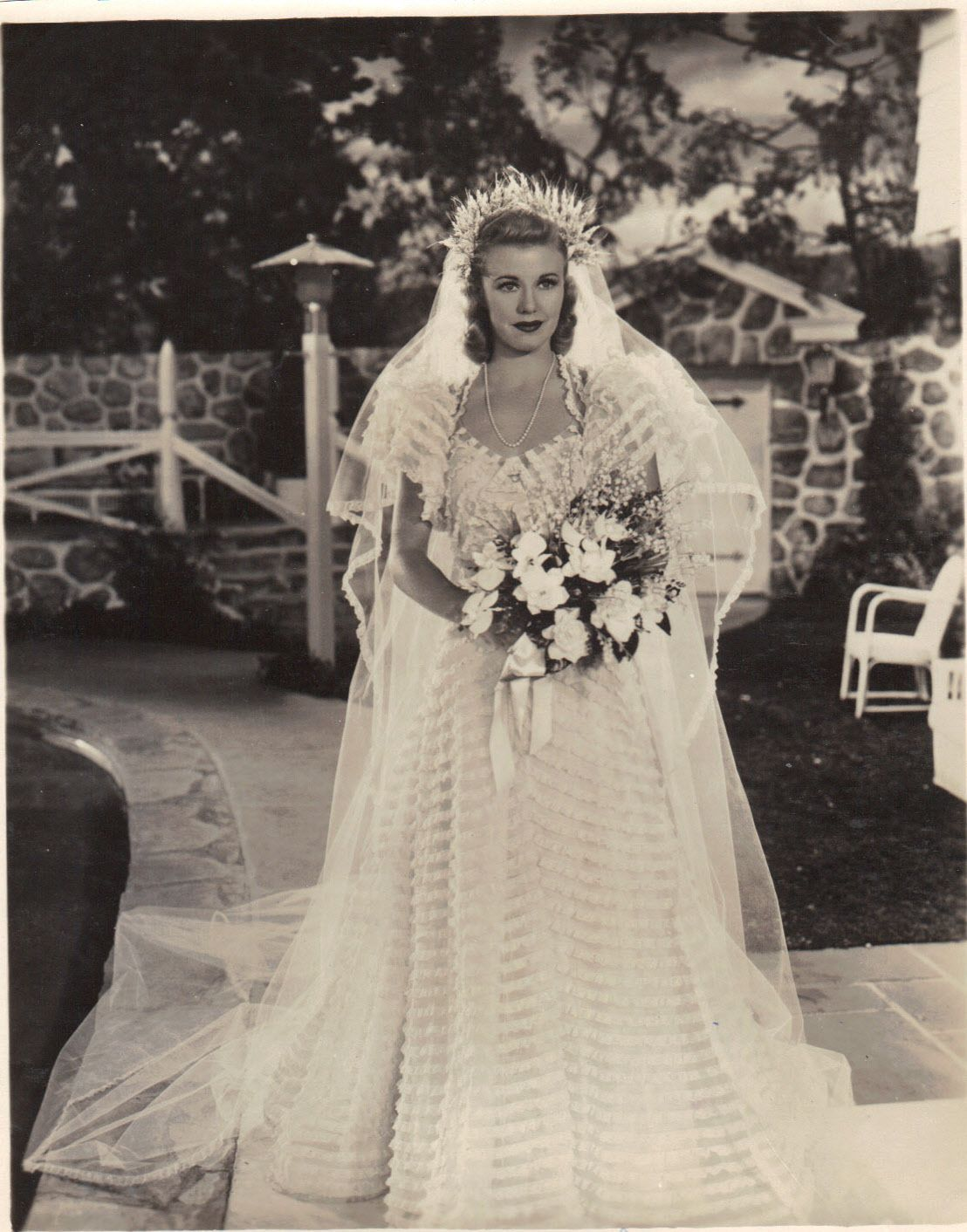 Ginger Rogers is a beautiful bride as Amanda, without the black