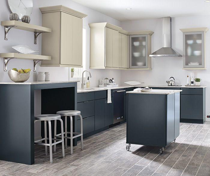 Blythe Maple Khaki With Blue Slate Island Blythe S Modern Lines And Flat Panels Crea Thomasville Cabinets Thomasville Kitchen Cabinets Kitchen Cabinet Colors