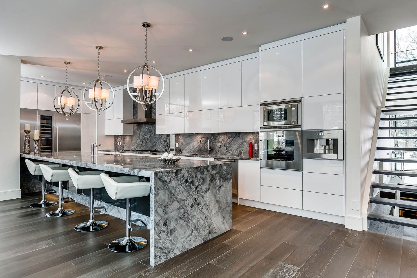 Marble Island, Breakfast Bar, Kitchen, Lighting, Contemporary House In  Toronto, Canada