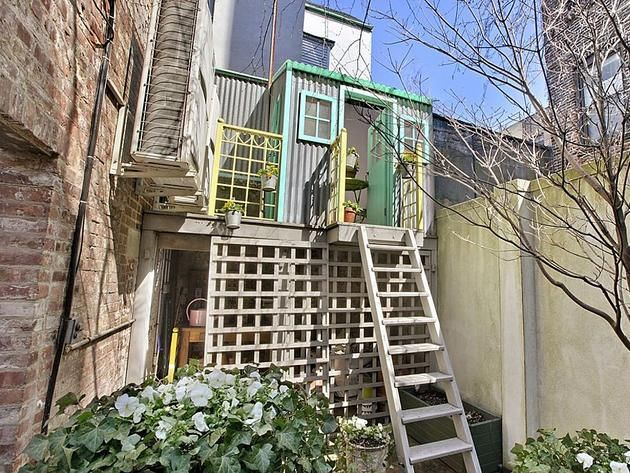 Treehouse 238 West 11th St A Tree House In The Urban Jungle