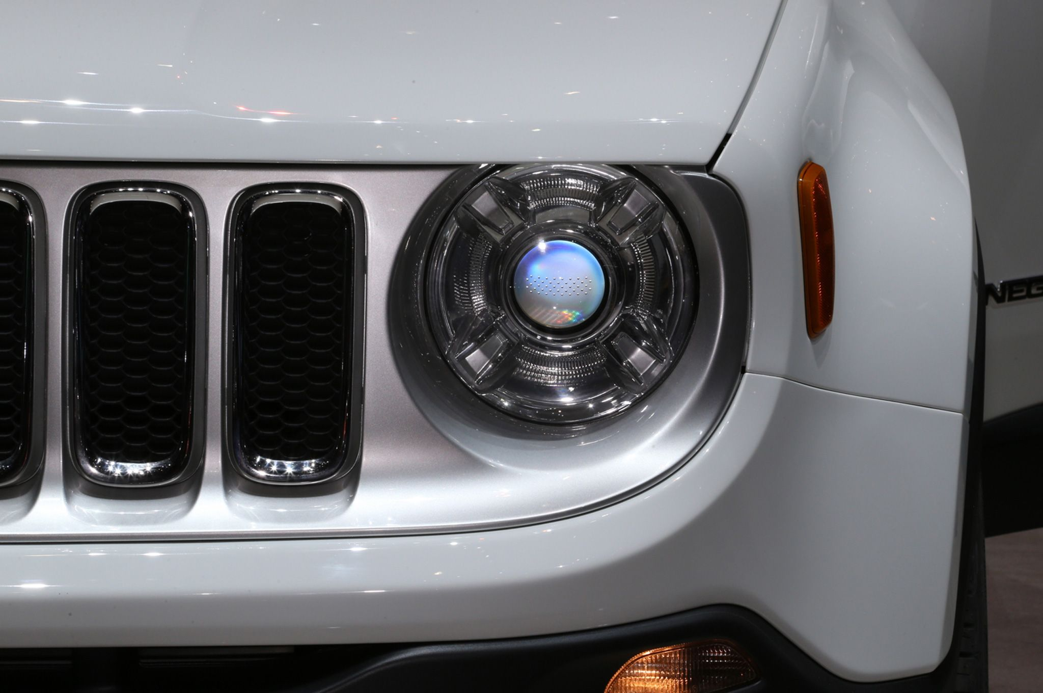 2015 Jeep Renegade Limited Headlight Wallpaper Jeep Wallpapers
