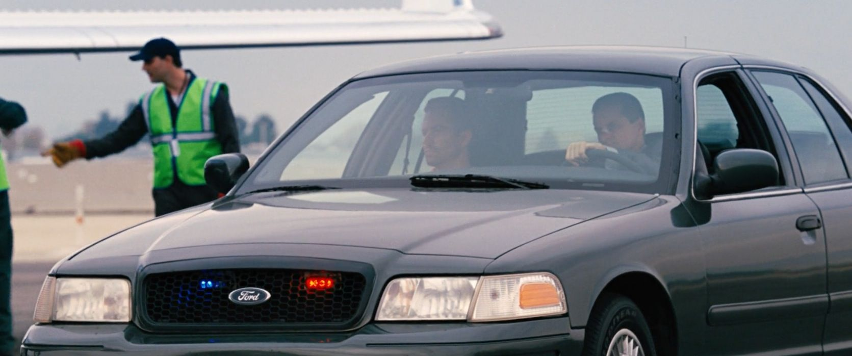 Ford Crown Victoria 1999 car driven by Shea Whigham in FAST
