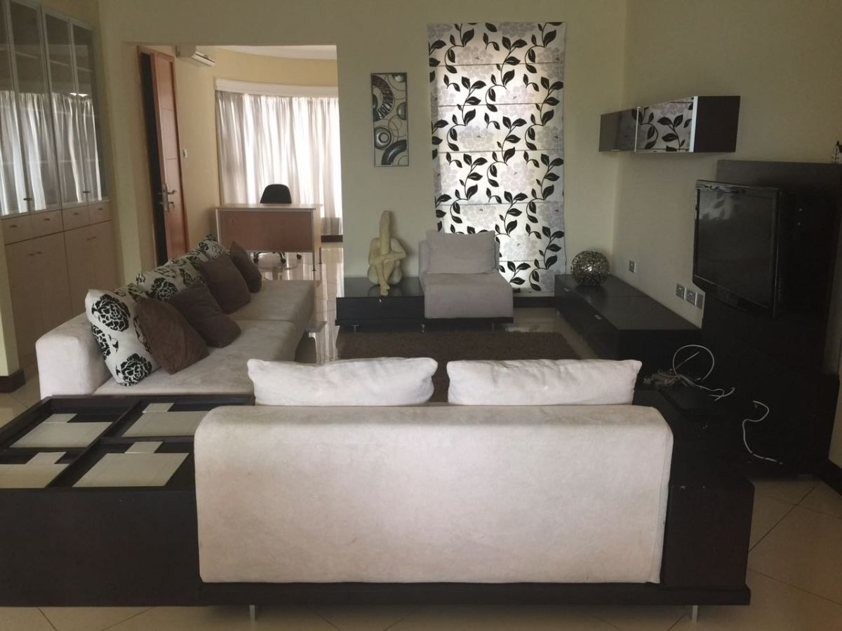 2 bedrooms house for rent in Ghana Renting a house