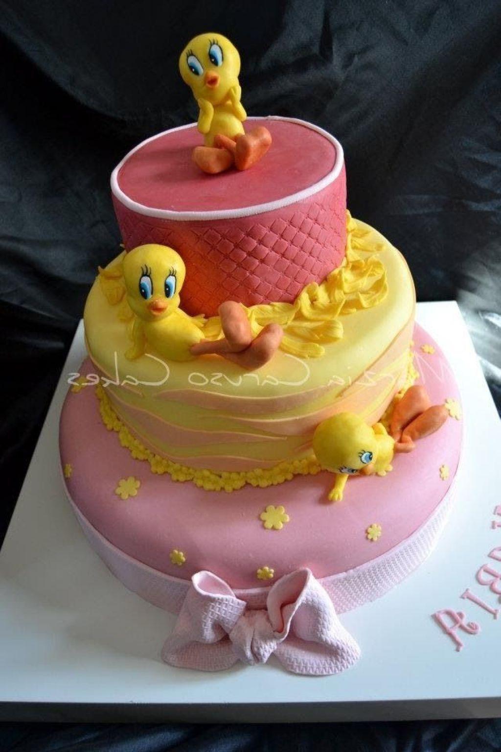 Strange Tweety Bird Cakes Birthday Party Ideas With Images Cake Baby Funny Birthday Cards Online Kookostrdamsfinfo