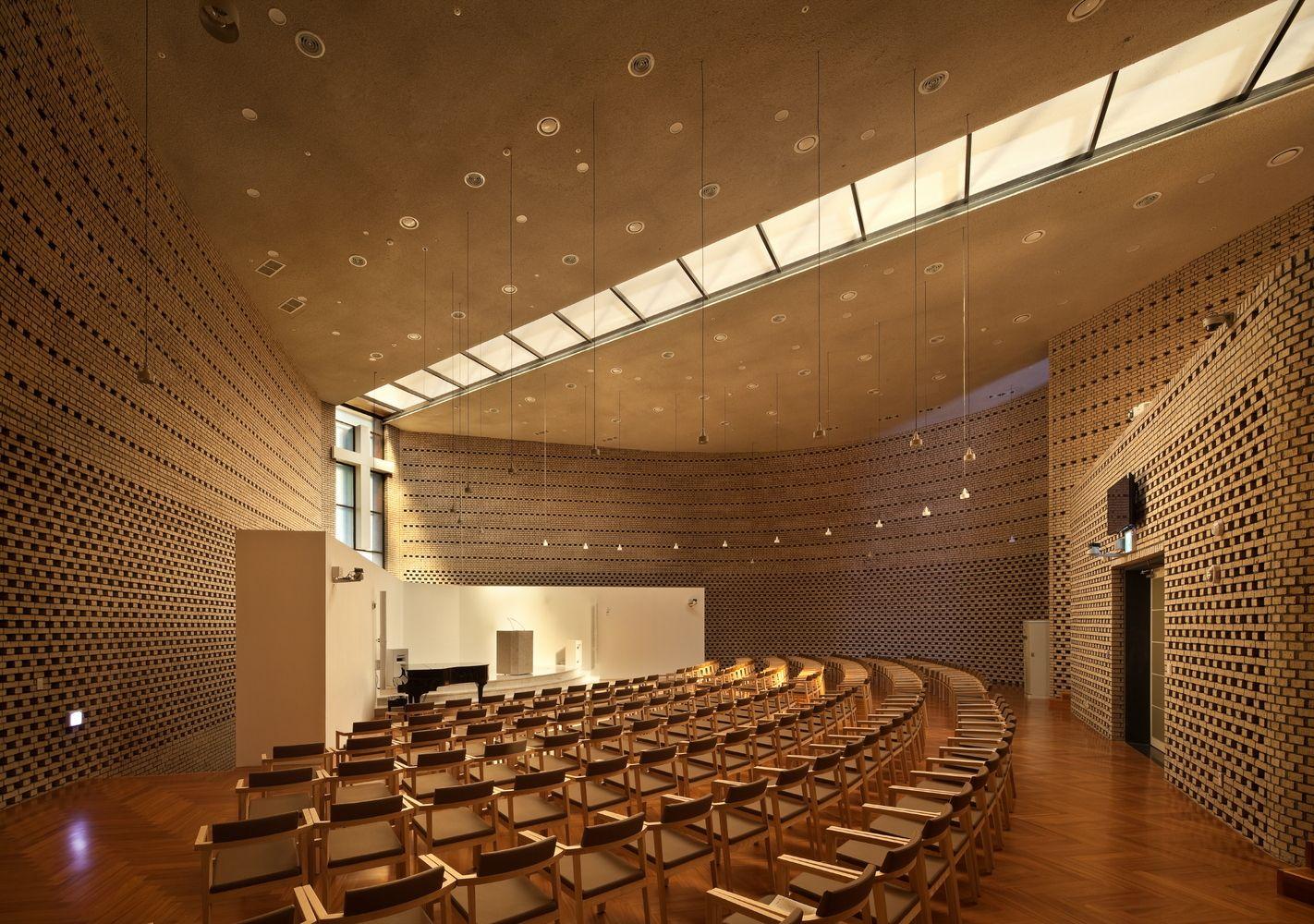 Gallery Of Bufs Chapel Architects Group Raum Nikken Sekkei 9  # Muebles Alvarez Goian