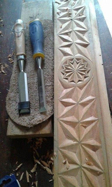 Imagem carved wood wood carving wood art wood