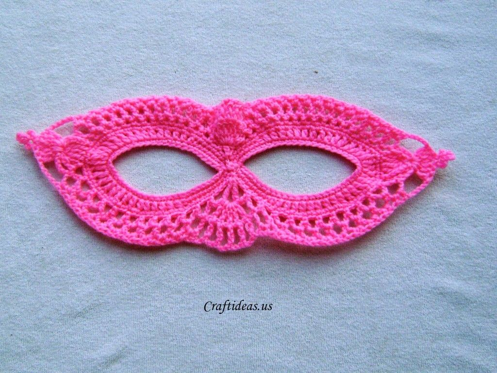 Halloween craft ideas: Crochet mask tutorial - Craft Ideas - Crafts ...