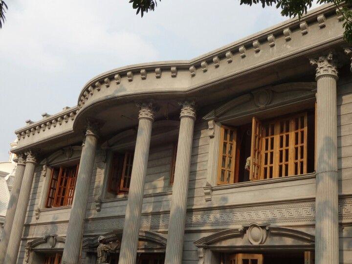 Roman Elevation Designing In A Bungalow Roman Architecture Architecture Design
